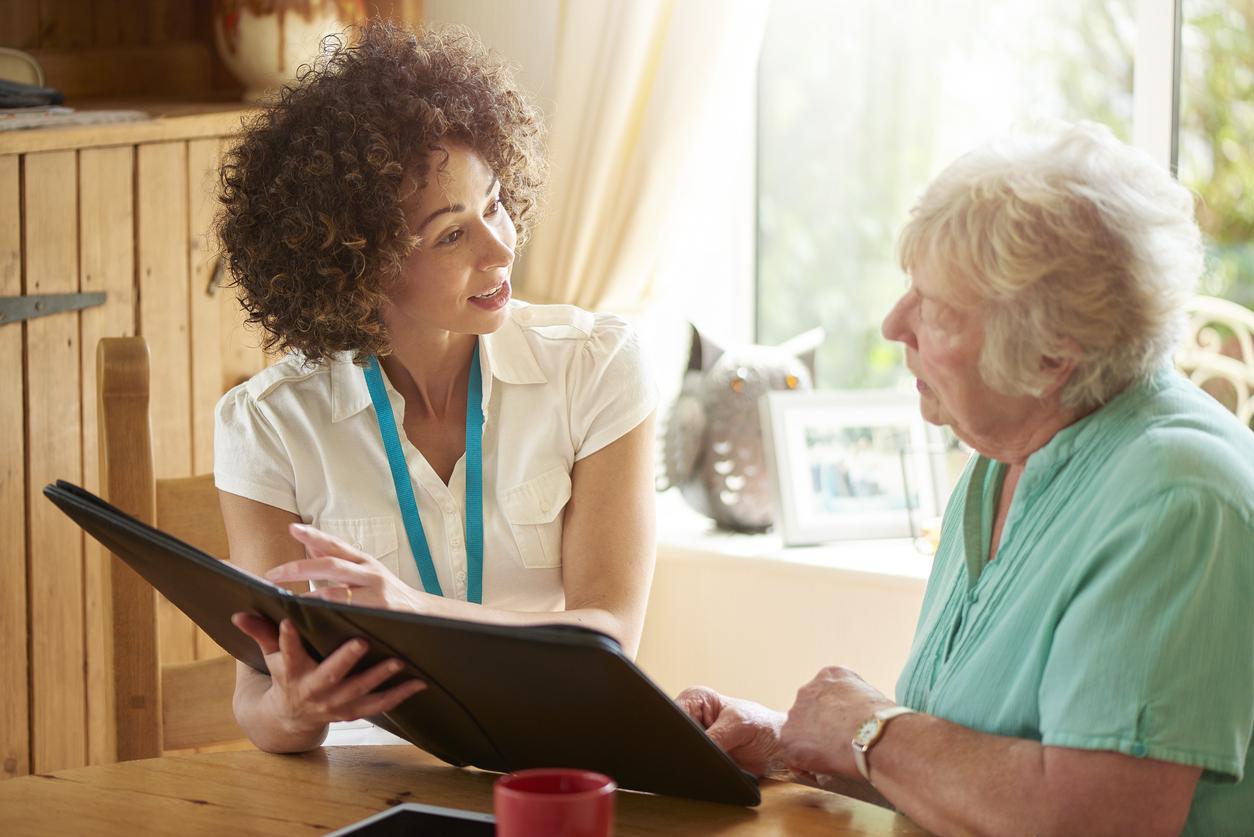 Samaritan hospice advisor evaluating potential patients